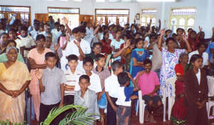Sri Lanka responds to message of home and faith